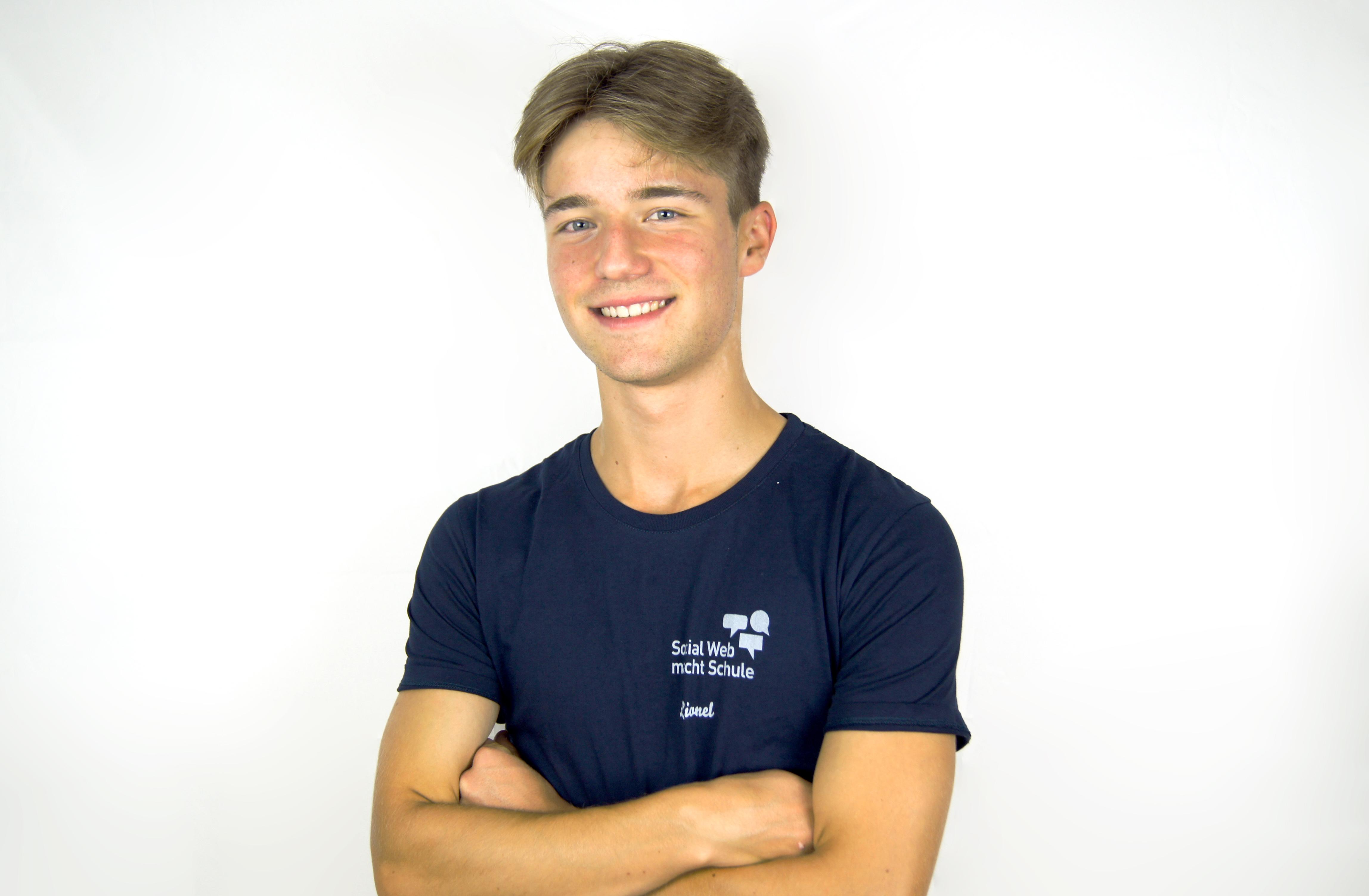 Lionel Otto Bundesfreiwilliger Social Web macht Schule